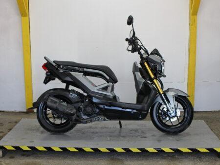 Honda Zoomer-X 110 Adamoto