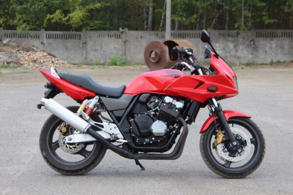 Honda CB400 Super Boldor